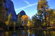 Yosemite National Park Digital Art - Yosemite 1 by Vijay Sharon Govender