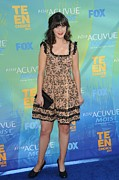 Zooey Deschanel Acrylic Prints - Zooey Deschanel At Arrivals For 2011 Acrylic Print by Everett
