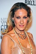 Diamond Necklace Photos - Sarah Jessica Parker At Arrivals by Everett