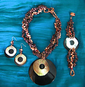 Wood Necklace Jewelry - 11-087 by Lyn Deutsch