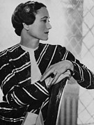 1930s Fashion Photo Prints - Duchess Of Windsor Wallis Simpson Print by Everett