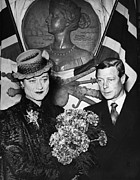 Queen Victoria Prints - Duchess Of Windsor Wallis Simpson Print by Everett
