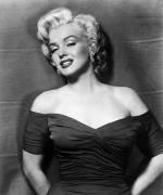 Actors Photo Prints - Marilyn Monroe (1926-1962) Print by Granger