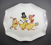 Easter Ceramics - 1545 Easter Parade Tray by Wilma Manhardt