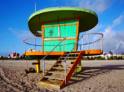 Bauhaus Photo Prints - 15th St Lifeguard Hut III Print by Frank Boellmann