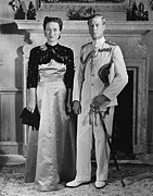 Satin Dress Posters - Duchess Of Windsor Wallis Simpson Poster by Everett