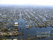 Flooding Prints - Hurricane Katrina Damage Print by Science Source