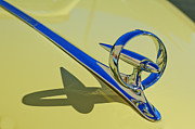 Blue Buick Photos - 1946 Buick Convertible Hood Ornament 2 by Jill Reger