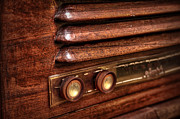 Americana Photos - 1948 Mantola radio by Scott Norris