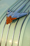 Jet Star Metal Prints - 1954 Pontiac Chieftain Hood Ornament Metal Print by Gordon Dean II