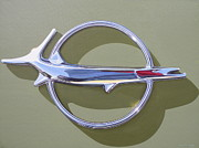 Mopar Painting Metal Prints - 1968 Plymouth Barracuda Hood Badge Metal Print by Jeff Taylor