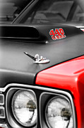 426 Posters - 1969 Plymouth Road Runner 440 6BBL Poster by Gordon Dean II