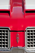 Muscle Car Photos - 1972 Oldsmobile Grille Emblem by Jill Reger