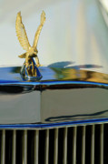 Historic Vehicle Prints - 1986 Zimmer Golden Spirit Hood Ornament 2 Print by Jill Reger