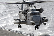 Landing Framed Prints - A Ch-53e Super Stallion Helicopter Framed Print by Stocktrek Images