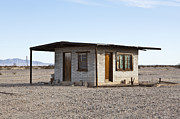 Bleak Desert Framed Prints - Abandoned Desert Home Framed Print by Paul Edmondson