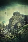 Sandra Cunningham - Atmospheric view of the Rockies