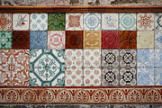 Gaspar Avila - Colorful glazed tiles