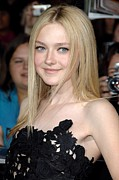The Twilight Saga New Moon Premiere Posters - Dakota Fanning At Arrivals For The Poster by Everett