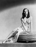 Open Toe Shoes Framed Prints - Ella Raines, 1944 Framed Print by Everett