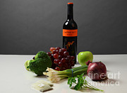 Merlot Posters - Foods Rich In Quercetin Poster by Photo Researchers, Inc.