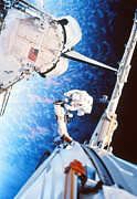 Installation Photos - Iss Space Walk by Nasa