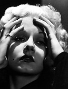 Harlow Prints - Jean Harlow Print by Everett