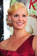 Pink Lipstick Framed Prints - Katherine Heigl At Arrivals For Life As Framed Print by Everett
