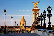 Streetlight Photos - Les Invalides by Brian Jannsen