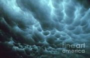 Violent Prints - Mammatus Clouds Print by Science Source