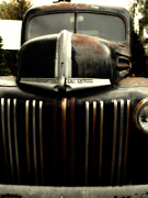 Wingsdomain Art and Photography - Nostalgic Rusty Old Ford Truck . 7D10281