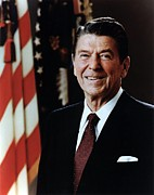 History Art - Official Portrait Of President Reagan by Everett