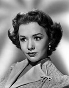 1950s Hairstyles Prints - Piper Laurie, 1952 Print by Everett