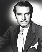 Pocket Square Prints - Rebecca, Laurence Olivier, 1940 Print by Everett