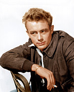 Films By Nicholas Ray Photo Framed Prints - Rebel Without A Cause, James Dean, 1955 Framed Print by Everett