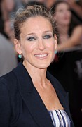 Avery Fisher Hall At Lincoln Center Photos - Sarah Jessica Parker At Arrivals by Everett