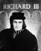 Olivier Photo Posters - Shakespeare: Richard Iii Poster by Granger