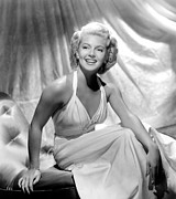 Chaise Photo Prints - Slightly Dangerous, Lana Turner, 1943 Print by Everett