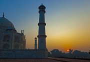 Uttar Pradesh Prints - Taj Mahal at Sunrise Print by Inti St. Clair