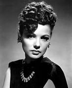 1940s Hairstyles Photos - The Shanghai Gesture, Gene Tierney by Everett