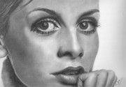 Twiggy Drawings Posters - Twiggy Poster by Karen  Townsend