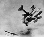 1910s Photos - World War I: Aerial Combat by Granger