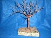 Granite Sculptures - 24g copper Wire Tree on a Gray and Black Marble by Serendipity Pastiche