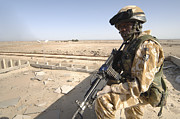 Iraq Framed Prints - A British Army Soldier Provides Framed Print by Andrew Chittock