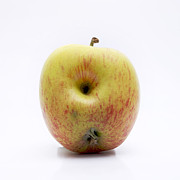 Studio Shot Art - Apple by Bernard Jaubert
