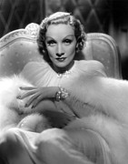 Diamond Bracelet Photo Posters - Desire, Marlene Dietrich, 1936 Poster by Everett