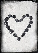 Stones Art - Heart by Joana Kruse