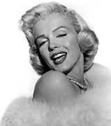 Bare Shoulder Prints - Marilyn Monroe Print by Everett