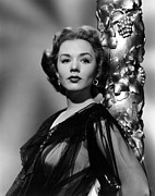 1950s Portraits Prints - Piper Laurie, 1952 Print by Everett