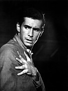 1960 Movies Photos - Psycho, Anthony Perkins, 1960 by Everett